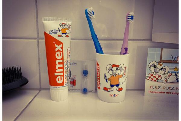 Zähneputzen mit Kindern oder wie lange sind eigentlich 2 Minuten?